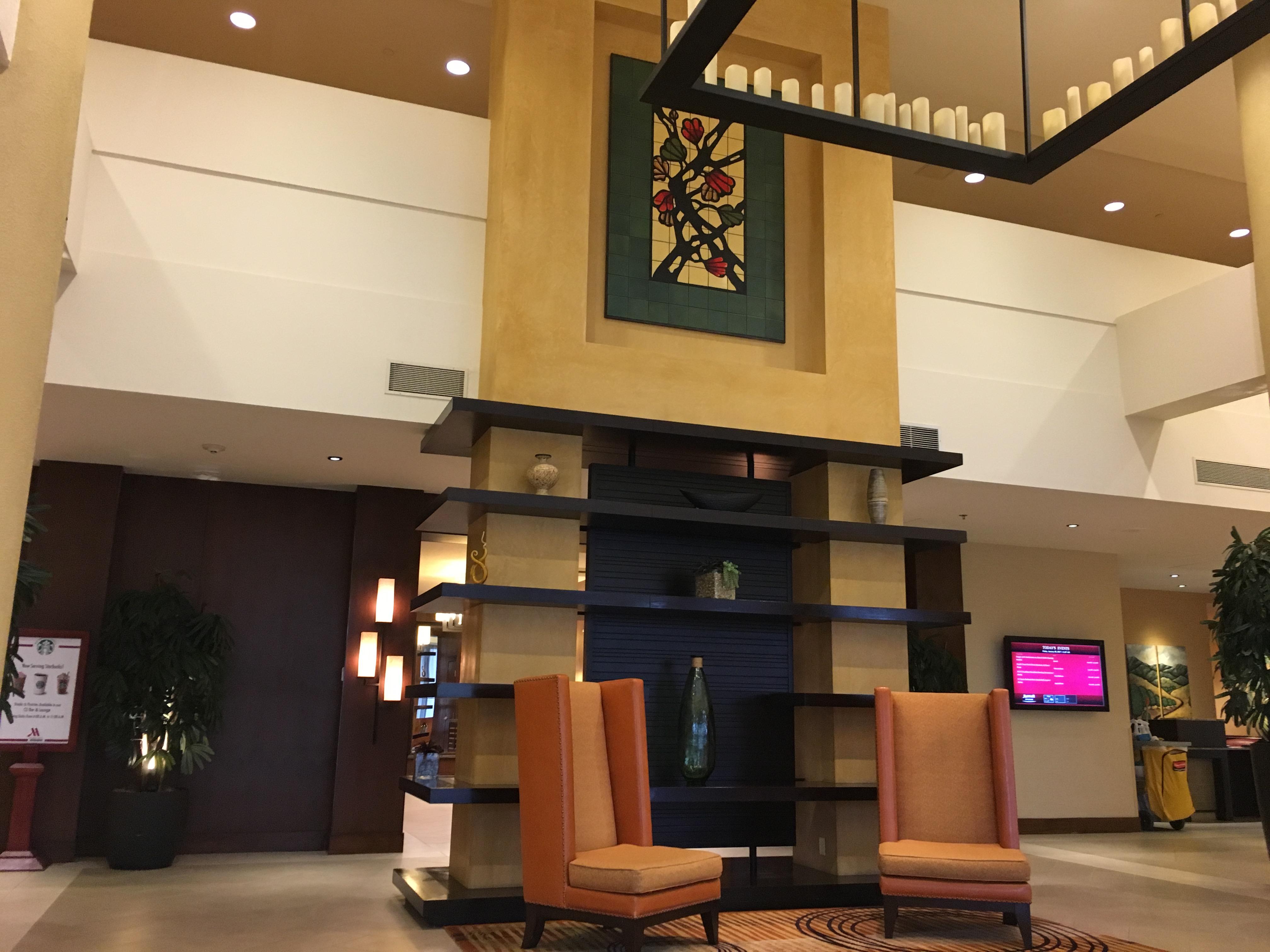 riverside-marriott-lobby